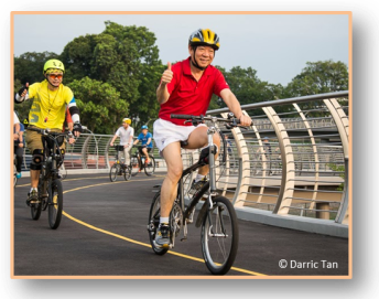 Minister Khaw cycling